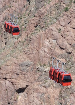 Trams passing above the gorge
